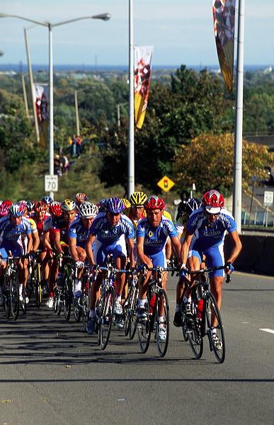 Italians led by Andrea Noe, Cristian Moreni, Francesco Casagrande and Giovanni Lombardi - 14:51 EDT