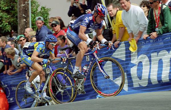 Lance Armstrong (US Postal) and Tom Leaper (Navigators) - 12:59 PDT