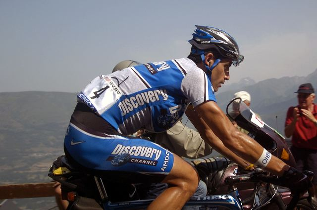 George Hincapie (Disocvery Channel) on Pla d'Adet.
