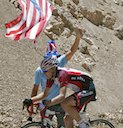 Australian Aaron Kemps (Fly V Australia) under the Stars and Stripes at Dawson Saddle KOM